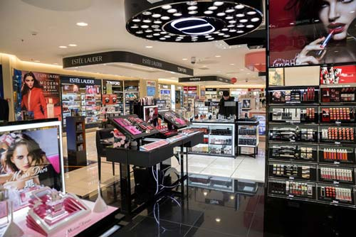Perfume and cosmetic shop